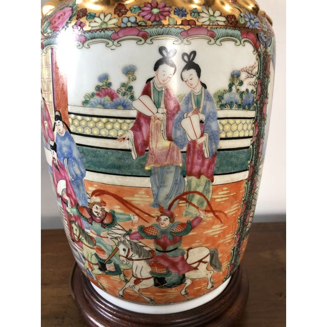 Antique Chinese Rose Medallion Table Lamp For Sale - Image 5 of 7
