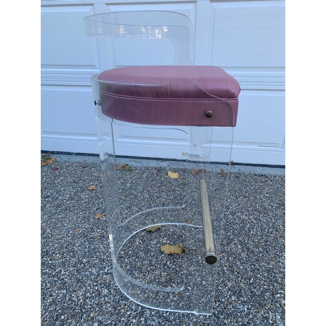 Vintage Charles Hollis Jones Lucite Bar and Stools For Sale In New York - Image 6 of 10