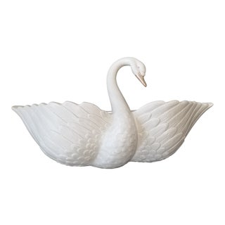 Vintage Fitz and Floyd Ceramic Swan Wall Pocket For Sale