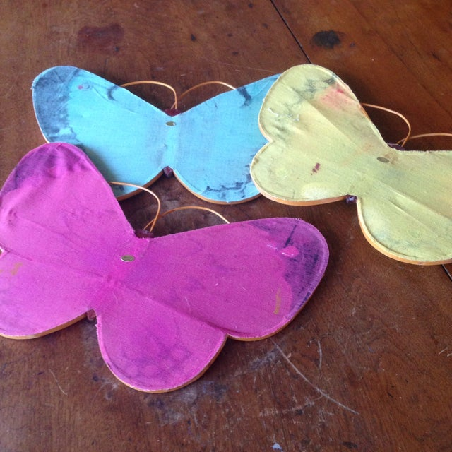 Vintage Rattan & Fabric Butterfly Wall Art - Set of 3 - Image 8 of 11