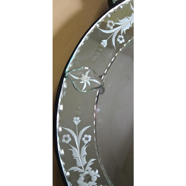 Etching 1960s Venetian Etched Glass Circular Wall Mirror For Sale - Image 7 of 11