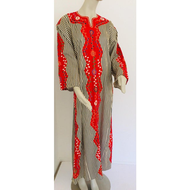 Red Vintage Middle Eastern Ethnic Caftan, Kaftan Maxi Dress For Sale - Image 8 of 13