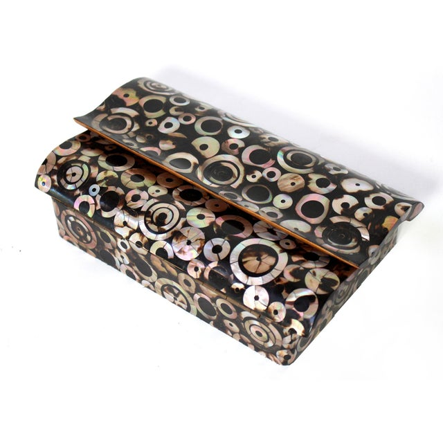 R & Y Augousti Paris Mother of Pearl & Wood Box, 90s For Sale In Los Angeles - Image 6 of 10