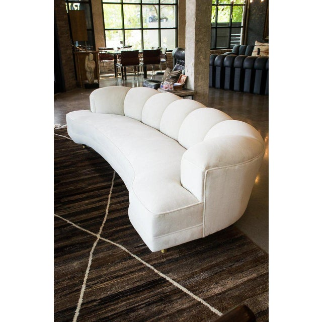 Mid-Century Modern 1950s Fully Restored Channelled Sofa by Edward Wormley in Pale Gray or White For Sale - Image 3 of 11