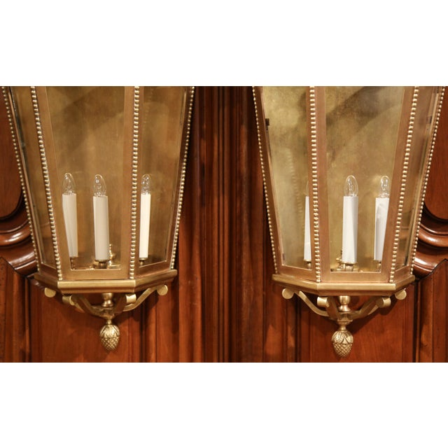 Early 20th Century French Bronze Wall Outside Sconces with Glass - A Pair For Sale In Dallas - Image 6 of 10