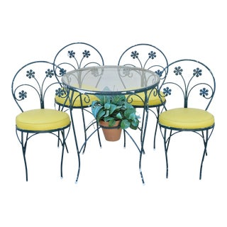 Vintage Plantation Patterns Iron Daisy Flower Bistro Dining Set 4 Chairs Table For Sale