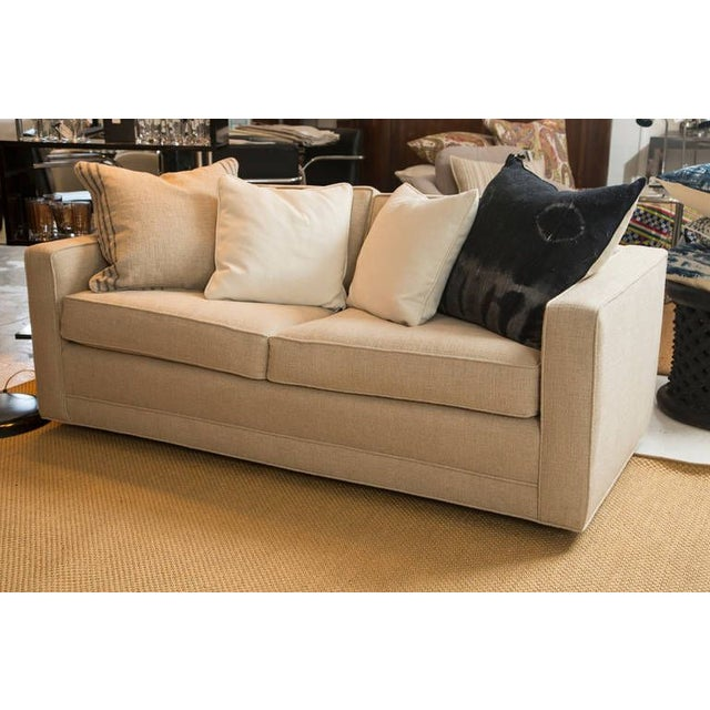 Mid-Century Knoll Sofa in Custom Linen - Image 6 of 6