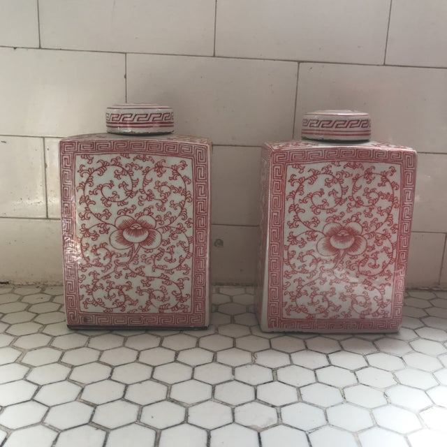 Chinese Chinoiserie Coral & White Porcelain Ginger Jars - a Pair For Sale - Image 11 of 11