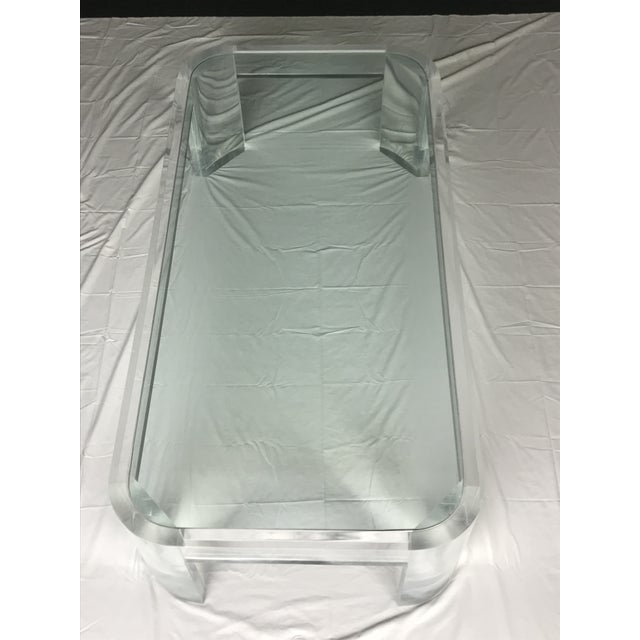 Hollywood Regency 1970s Vintage Steve Chase Style Lucite & Glass Coffee Table For Sale - Image 3 of 13