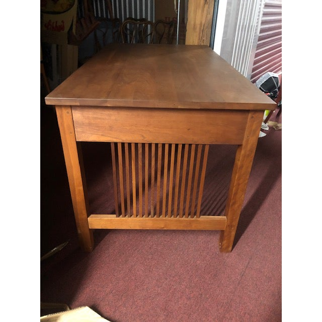 American Stickley Mission Collection Writing Desk For Sale - Image 3 of 10