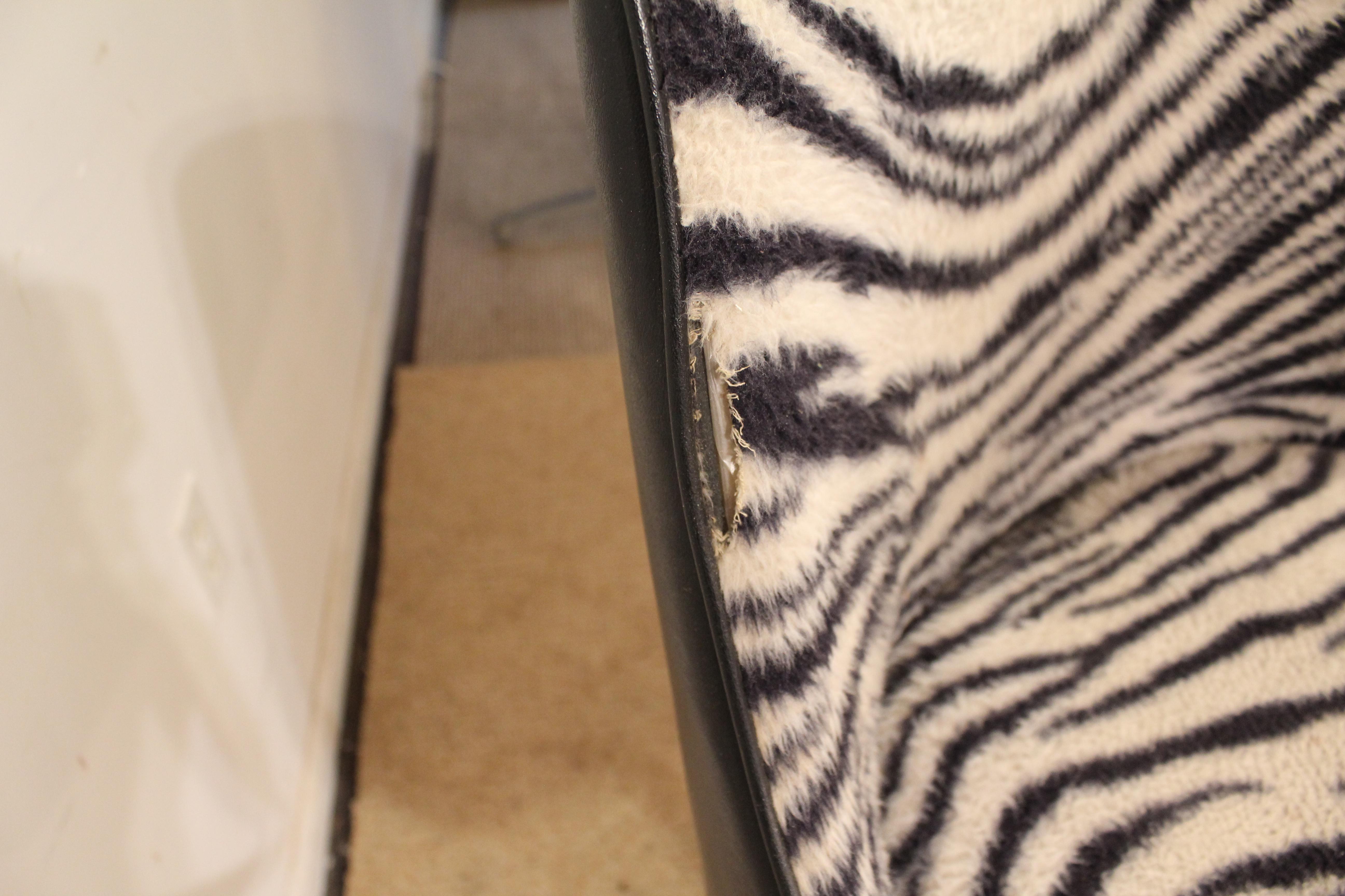 Mid Century Danish Modern Chromcraft Zebra Print Swivel Bar Stools   A Pair    Image 10