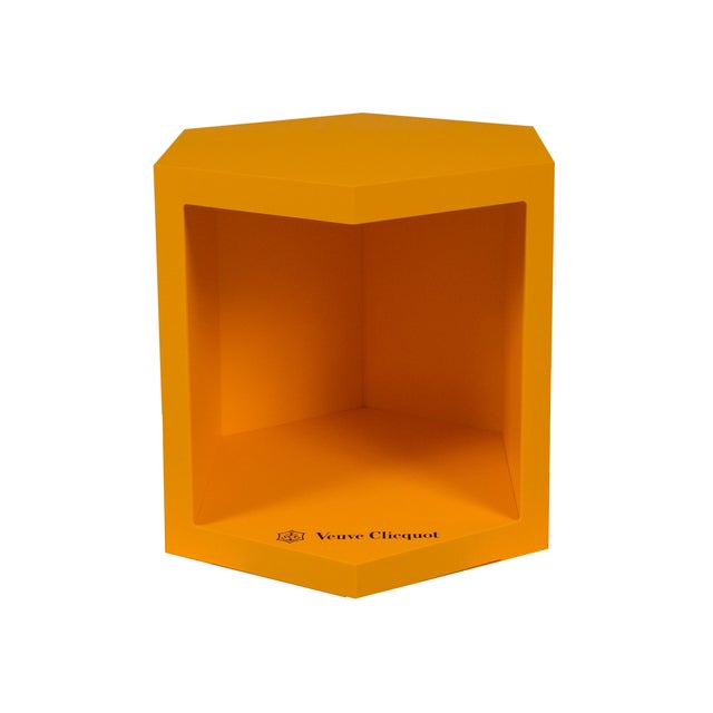 Veuve Clicquot Promotional Display Box - Image 1 of 8