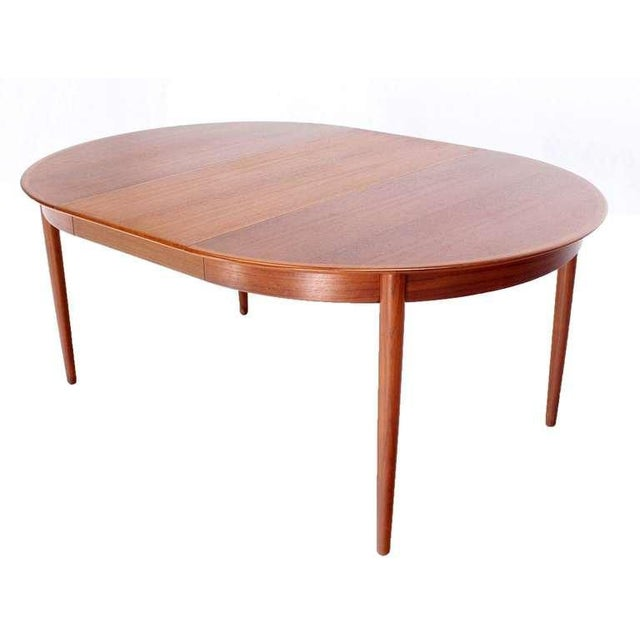 Mid-Century Modern Danish Mid-Century Modern Round Teak Dining Table with Three Leaves For Sale - Image 3 of 9