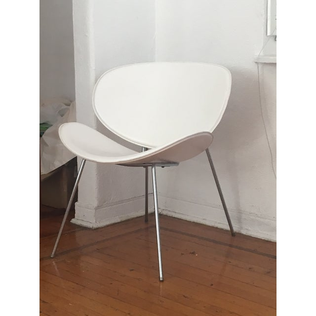 White Leather Clam Shell Chair For Sale - Image 4 of 4