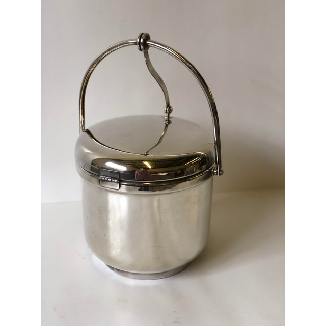 Late 20th Century Silverplated Swing Top Ice Bucket and Tongs, Reed & Barton - a Pair For Sale - Image 5 of 13