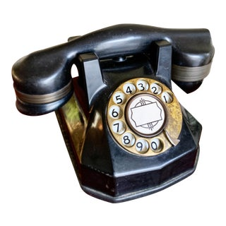 1940s-1950s Antique Black Bakelite Telephone For Sale