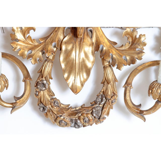 Oversized Italian Baroque-Style 7-Arm Gilt and Silvered Wood Wall Sconce For Sale In Dallas - Image 6 of 13
