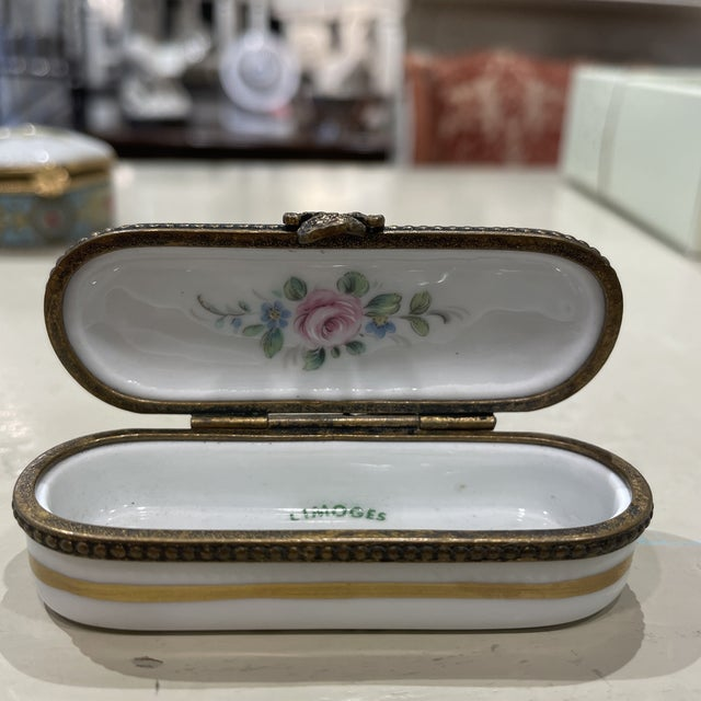 1950s Limoges France Porcelain Box For Sale In Boston - Image 6 of 8