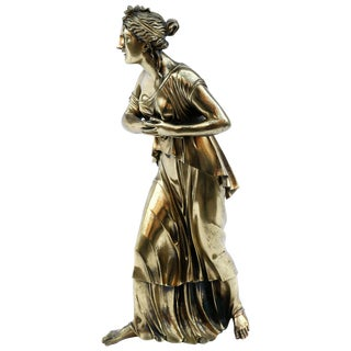 18th Century Neoclassical Bronze Doré Sculpture of a Woman For Sale