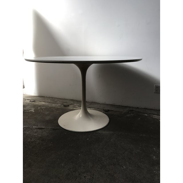 Burke 1960s White Tulip Dining Table - Image 7 of 12