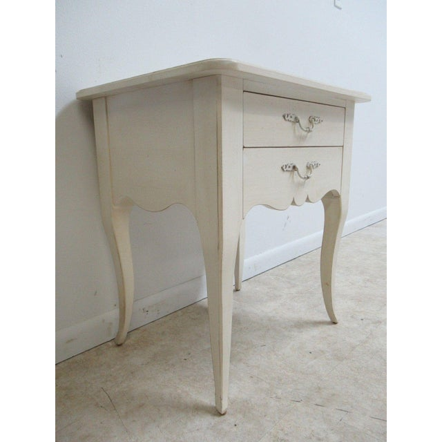 Ethan Allen Maison French Country Lamp End Table / Night Stand - Image 3 of 6