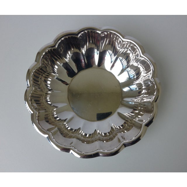 1970s Reed & Barton Silverplated Fluted Bowl For Sale - Image 5 of 7