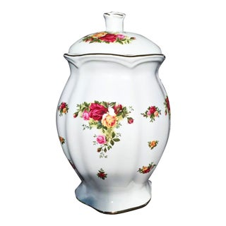 1960s Royal Albert Old Country Roses Lidded Cookie Jar For Sale