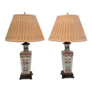 Pair Antique French 19th Century Samson Lamps with Vases in Famille Rose, Circa 1890-1910. For Sale