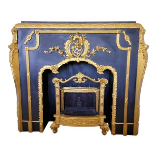 Vintage Mid Century Rococo Victorian Gold & Black Wooden Fireplace Mantle For Sale