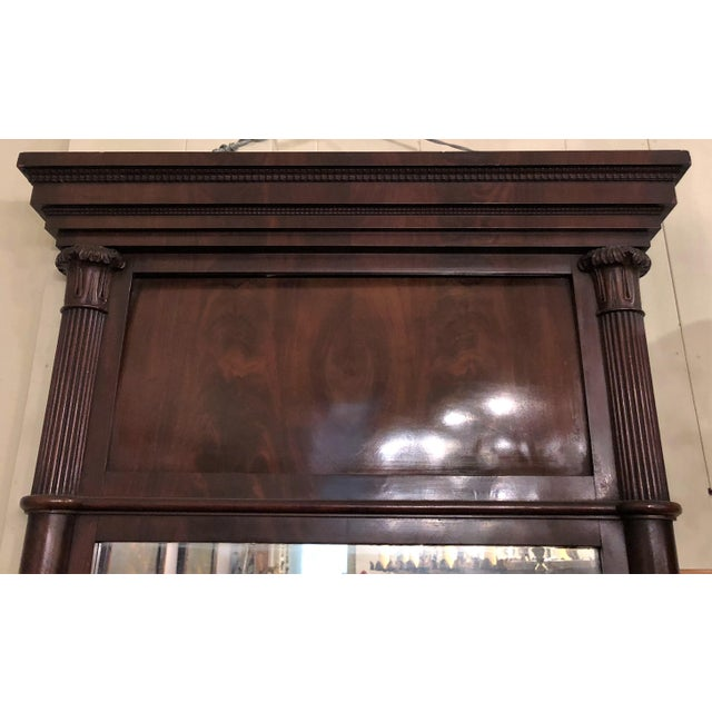 American Classical Antique American Federal Mahogany Mirror, Circa 1840-1850. For Sale - Image 3 of 4