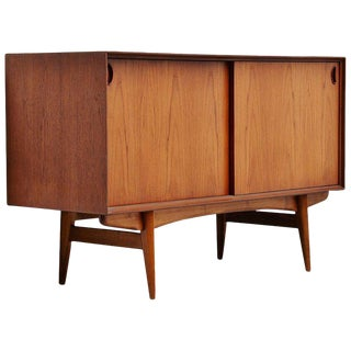 Oswald Vermaercke Paola Credenza by V-Form