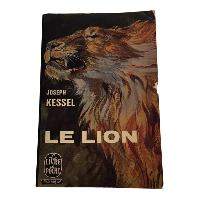 Le Lion Vintage French Paperback Book 1958 For Sale