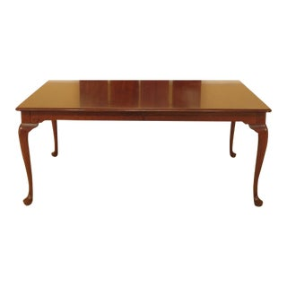 1990s Vintage Stickley Queen Anne Style Dining Table For Sale