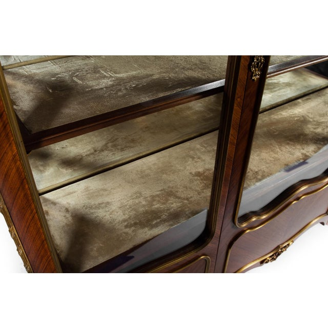 Mid 18th Century Antique Louis XV Vitrine For Sale - Image 5 of 7