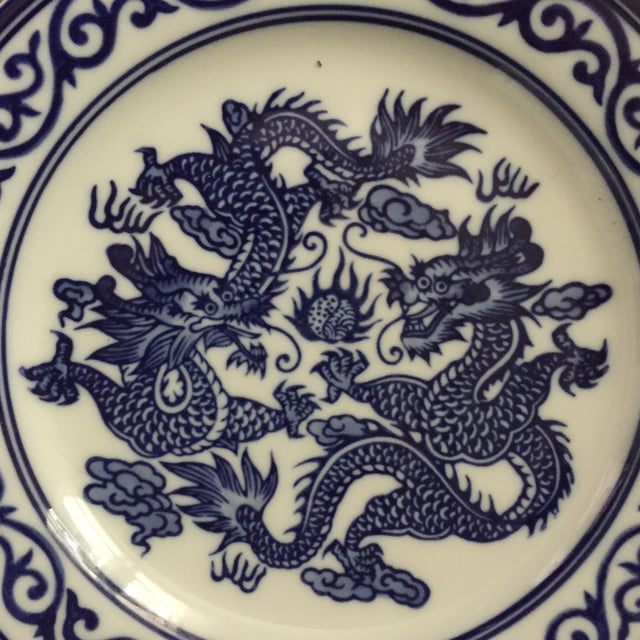 Vintage Chinoiserie Blue and White Asian Foo Dragon Decorative Plates - a Pair For Sale - Image 9 of 10