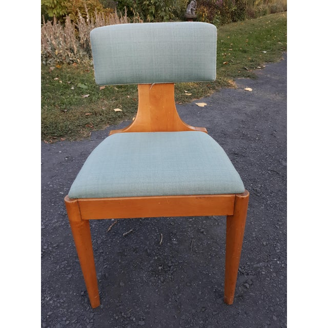 This is a rare Art Deco style chair from John Stuart. The chair is in very good all original condition and needs nothing....