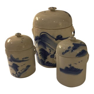 Blue Willow Storage Jars - Set of 3 For Sale