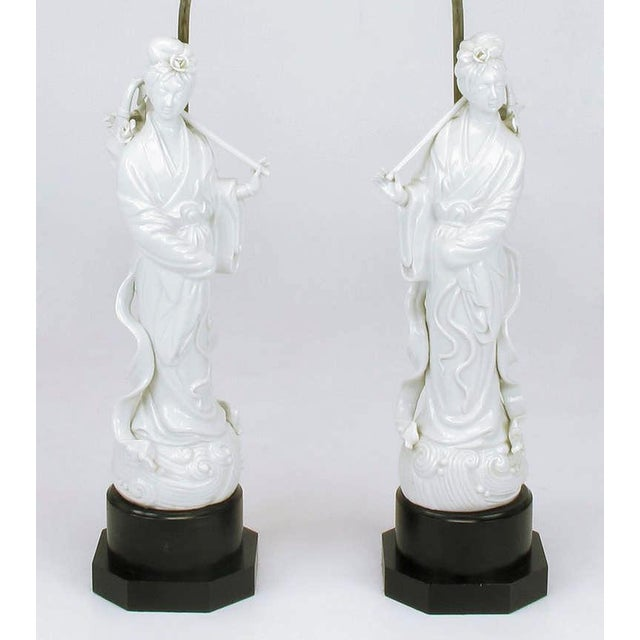 Asian Pair Blanc De Chine Female Figure Table Lamps For Sale - Image 3 of 9