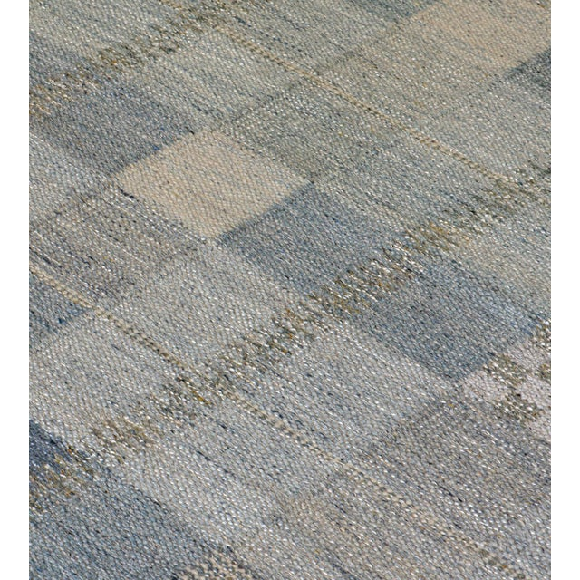 Mid-Century Modern Hand-Woven Swedish Kilim Style Wool Rug For Sale - Image 3 of 7