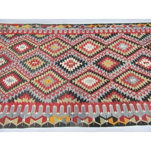 Vintage Turkish Kilim Hand Woven Rug - 5′2″ × 9′3″ For Sale - Image 4 of 6