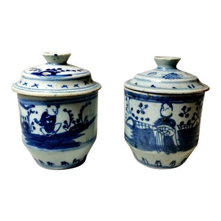 18th Century Chinese Porcelain Hand-Painted Cobalt Blue Under Glass Ginger Jars - a Pair For Sale