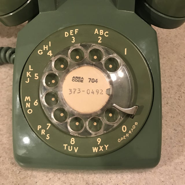 Americana Vintage Western Electric Green 500 Rotary Phone For Sale - Image 3 of 11