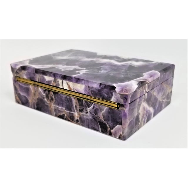 Vintage Amethyst Jewelry Keepsake Box - Magnificent Gemstone Semi-Precious Rock Crystal - Mid Century Modern Palm Beach Chic Alabaster Marble For Sale - Image 9 of 13