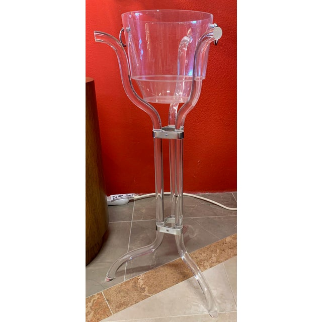 1970s Dorothy Thorpe Lucite Stand and Champagne Bucket For Sale - Image 5 of 9