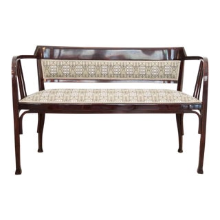 Antique Viennese Secession Bench in Bent Beech by Thonet For Sale