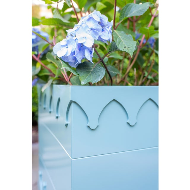 American Oomph Ocean Drive Outdoor Planter Large, Dark Gray For Sale - Image 3 of 6
