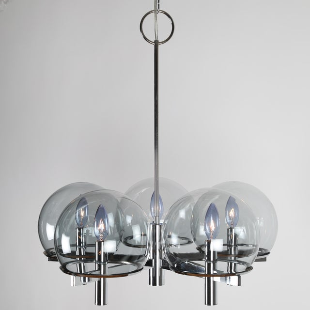 Elegant Sciolari for Lightolier chrome chandelier with five lightly smoked globes by French glassmaker Vianne Glass Co....