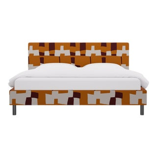 King Tailored Platform Bed in Spice Quilt For Sale