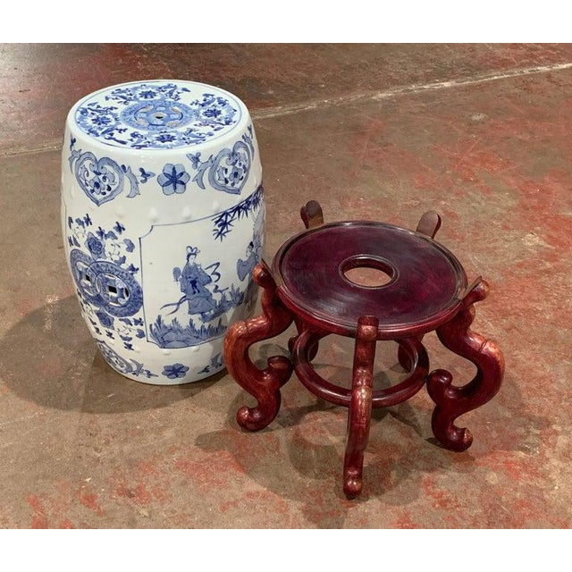 Mid-20th Century Chinese Porcelain Garden Stool on Carved Stand For Sale In Dallas - Image 6 of 8