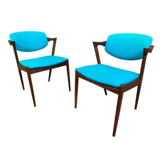 Pair of Vintage Danish Mid Century Modern Rosewood Chairs Model #42 by Kai Kristiansen For Sale